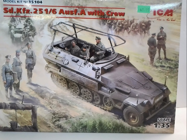 Sd.Kfz.251-6 Ausf.A with Crew
